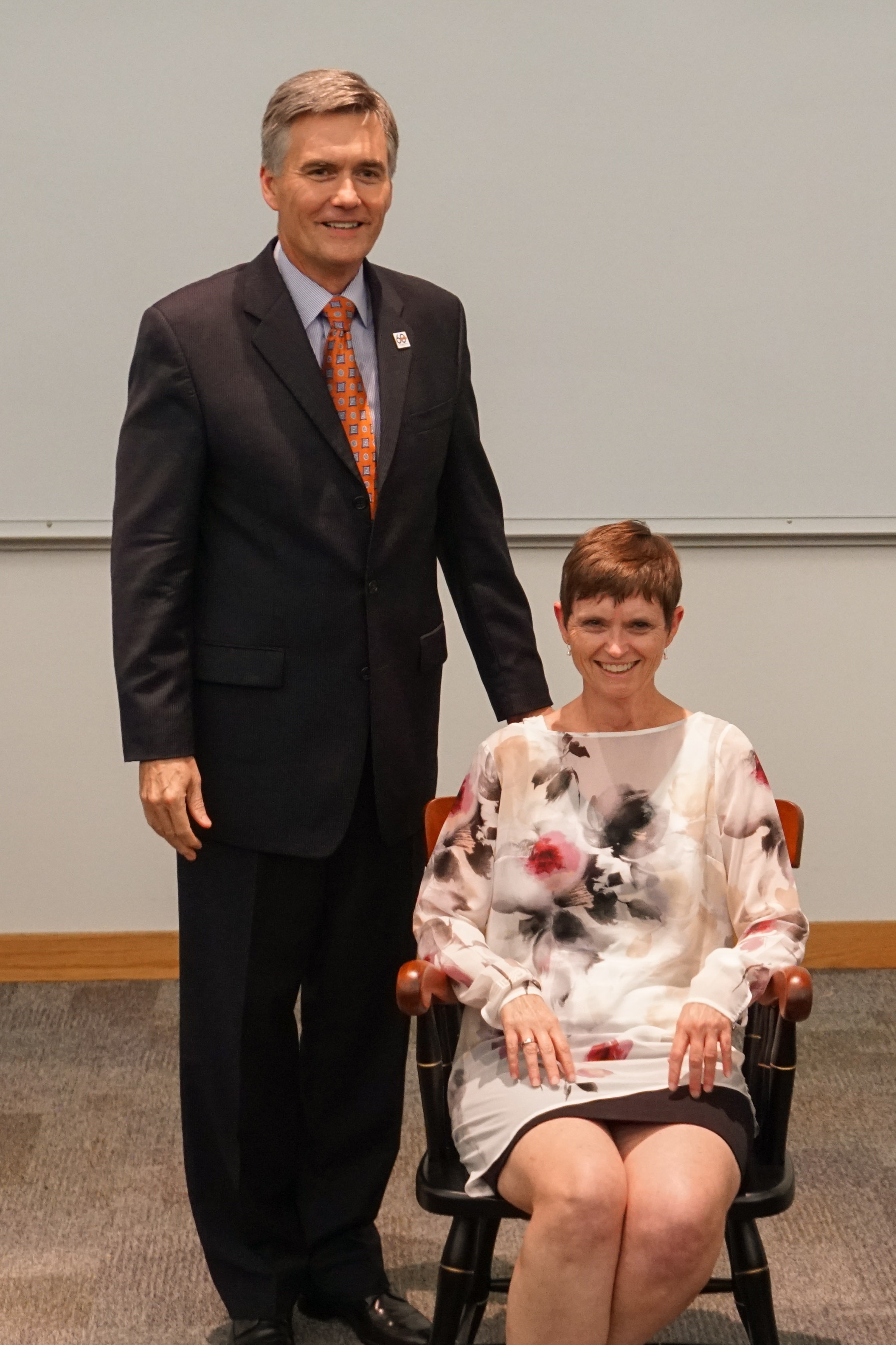 Dean Good presents Dr. Carol Mathews with her Brooke Professorship