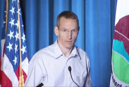 Dr. Bruijnzeel speaking at DEA