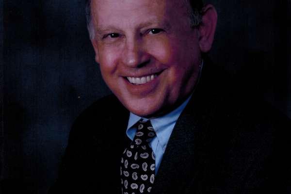 Stefan Pasternack, MD